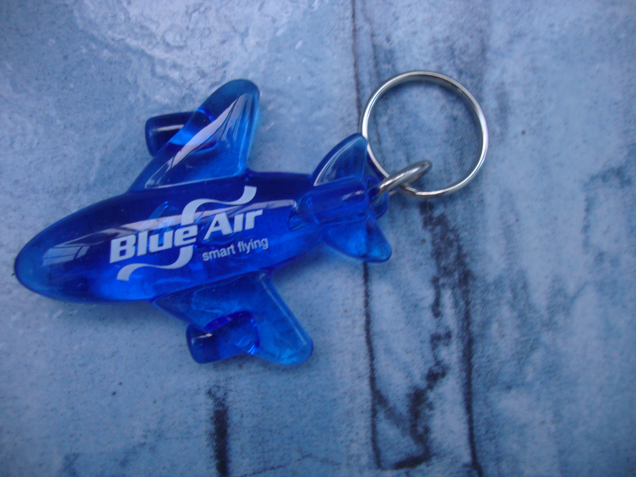 breloc blue air