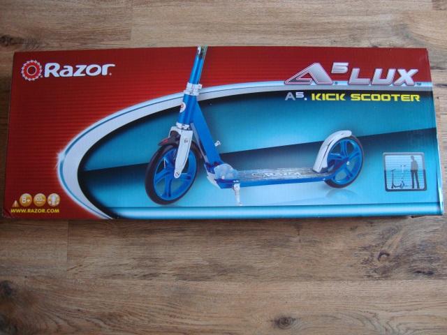 cutie trotineta Razor A5lux blue